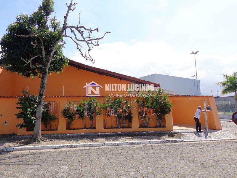 Casa em Praia Grande, no bairro Vilamar
