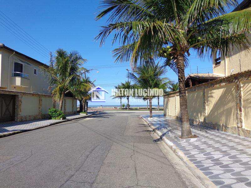 Sobrado em Praia Grande, no bairro Flórida