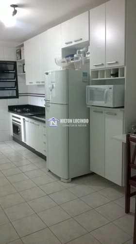 Apartamento, código 10153 em Praia Grande, bairro Canto do Forte