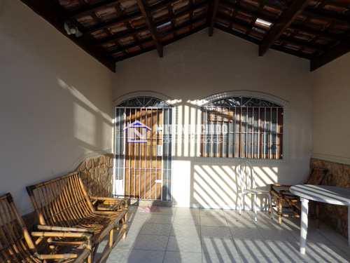 Casa, código 10512 em Praia Grande, bairro Maracanã