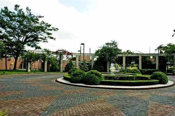 Condomínio em Santana de Parnaíba, no bairro Alphaville