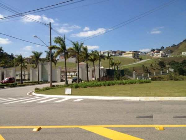 Condomínio em Santana de Parnaíba, no bairro Tamboré