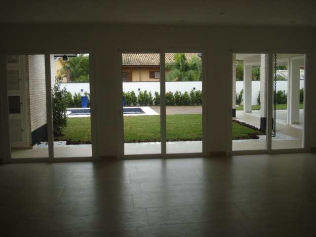 Casa de Condomínio em Barueri, bairro Alphaville