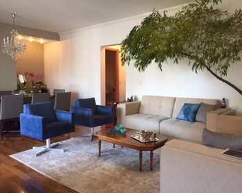 Apartamento, código 239 em Santana de Parnaíba, bairro Tamboré