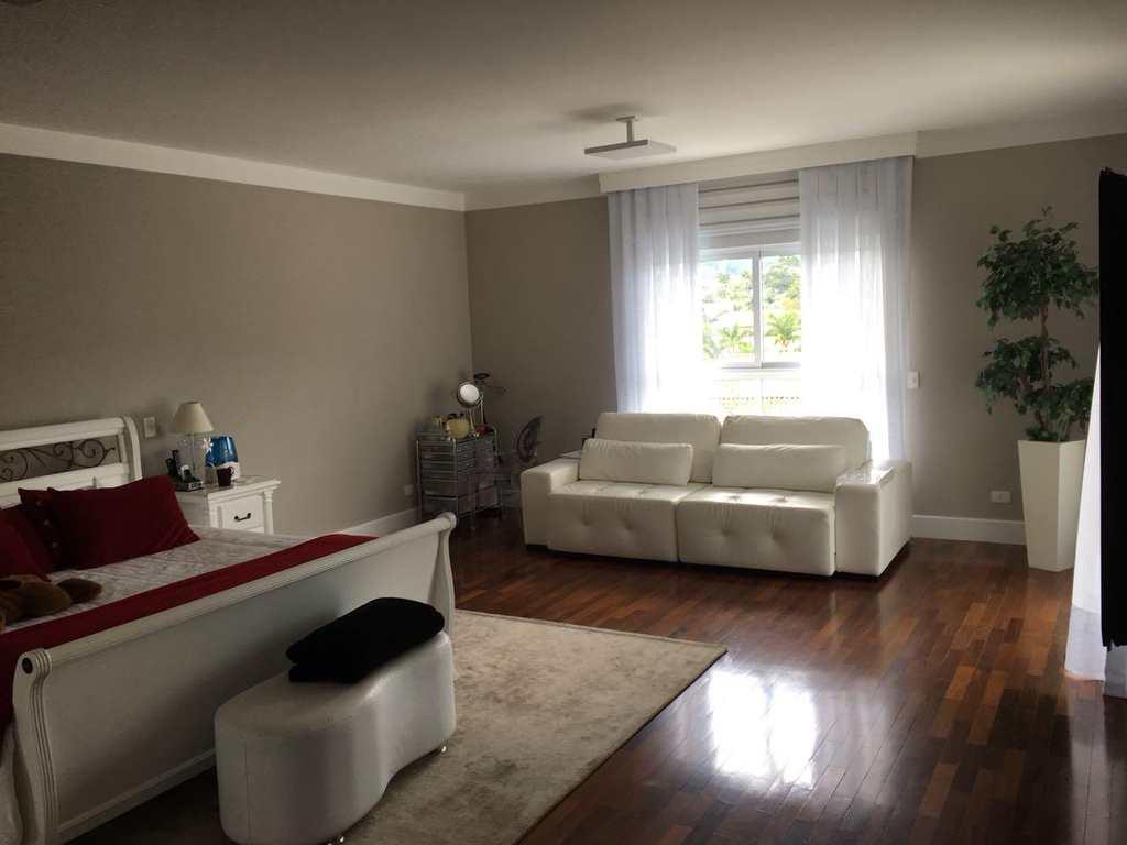 Casa de Condomínio em Santana de Parnaíba, bairro Tamboré