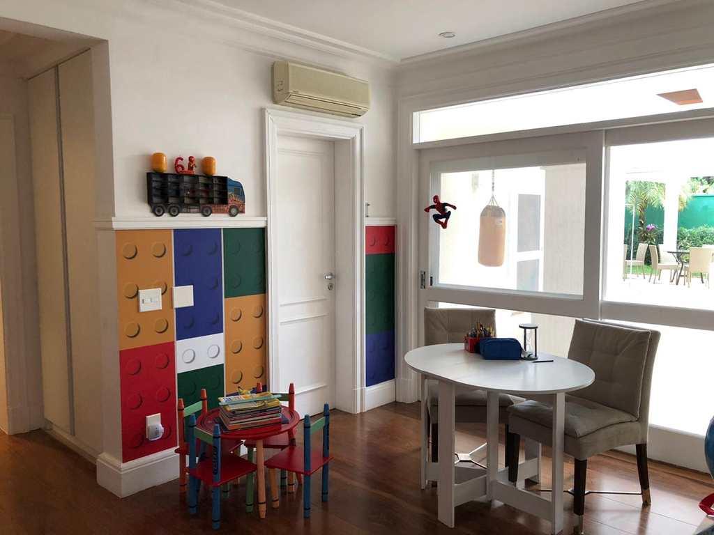 Casa de Condomínio em Barueri, no bairro Alphaville