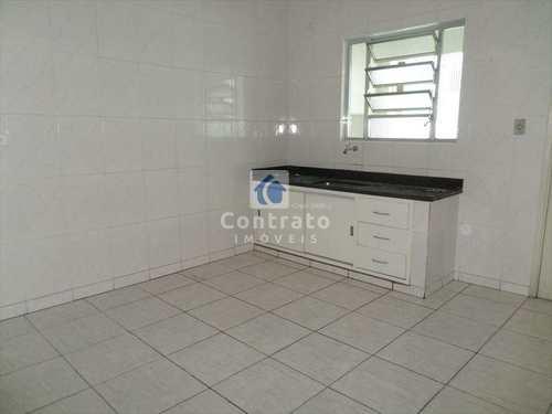 Apartamento, código 683 em Cubatão, bairro Jardim Casqueiro