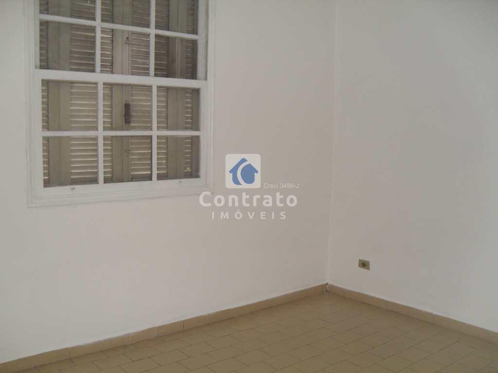 Apartamento em São Vicente, no bairro Vila São Jorge