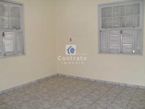 Apartamento, código 451 em Santos, bairro Marapé