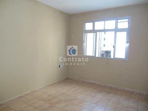 Apartamento, código 806 em Praia Grande, bairro Aviação