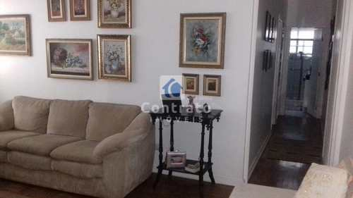 Apartamento, código 822 em São Vicente, bairro Centro