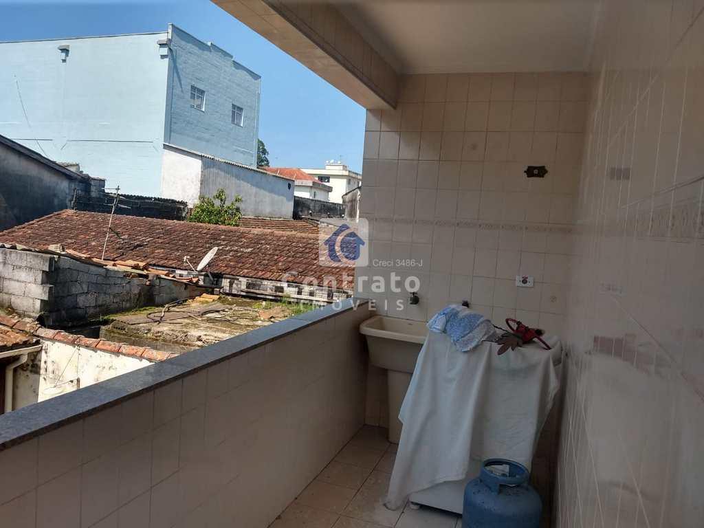 Casa em São Vicente, no bairro Parque Bitaru