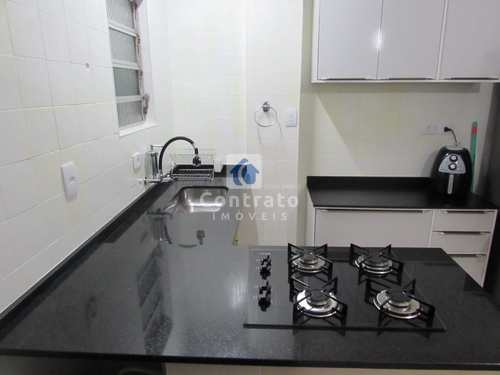 Apartamento, código 919 em São Vicente, bairro Centro