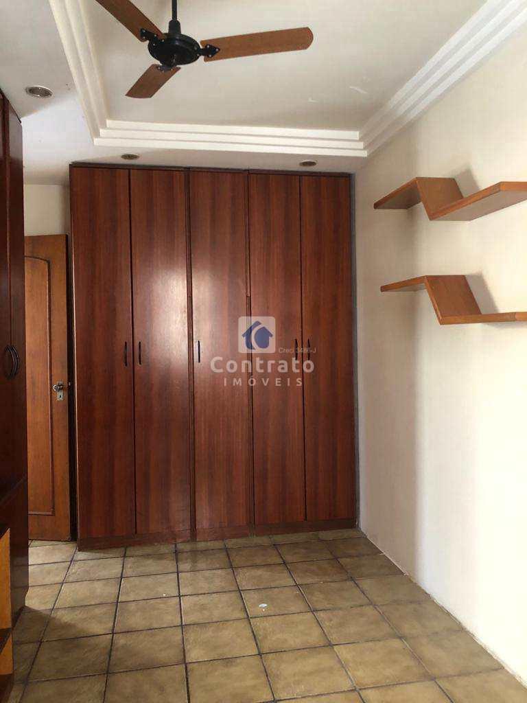 Apartamento em São Vicente, no bairro Jardim Guassu
