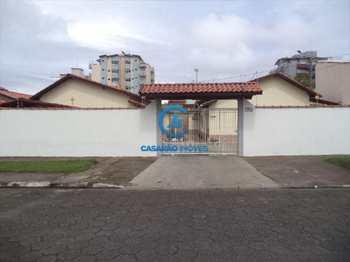 Casa, código 1338 em Caraguatatuba, bairro Martim de Sá
