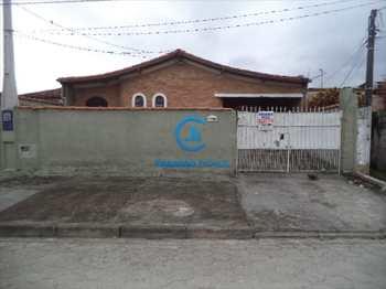 Casa, código 1340 em Caraguatatuba, bairro Jardim Britânia