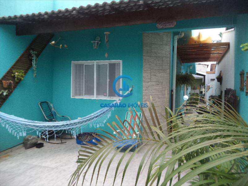 Casa em Caraguatatuba, no bairro Balneário Califórnia