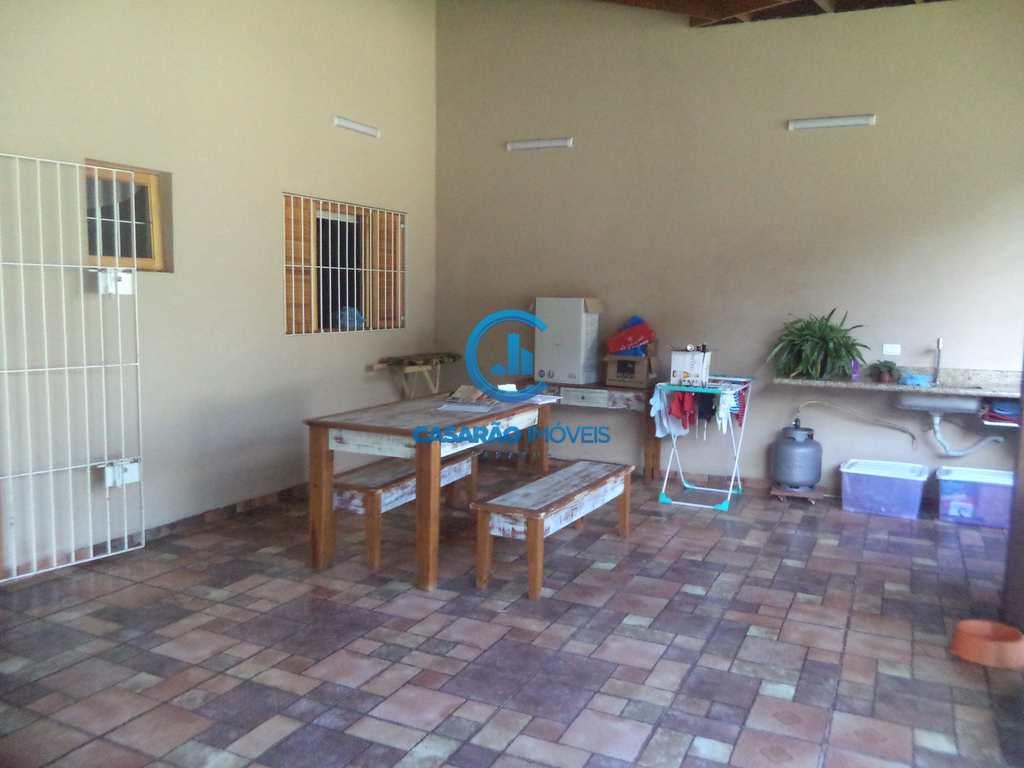 Casa em Caraguatatuba, no bairro Recanto Som do Mar