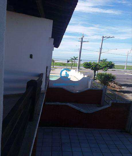 Sobrado em Caraguatatuba, bairro Jardim Porto Novo
