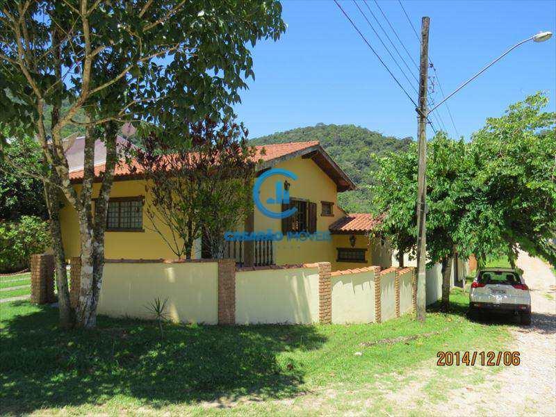 Sobrado em Caraguatatuba, no bairro Verde Mar