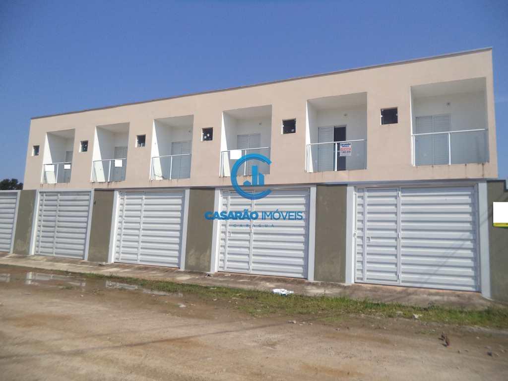 Sobrado em Caraguatatuba, no bairro Balneário Recanto do Sol
