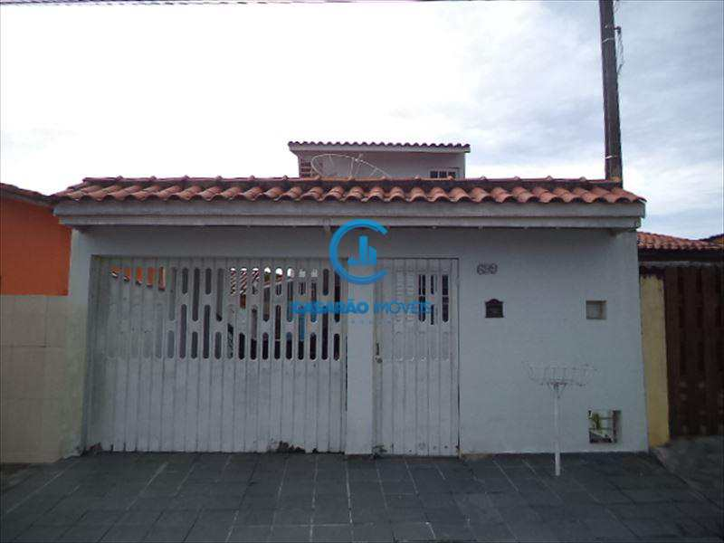 Sobrado em Caraguatatuba, bairro Travessão