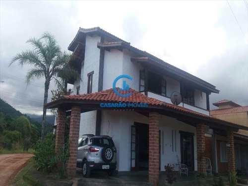 Sobrado, código 240 em Caraguatatuba, bairro Capricórnio I