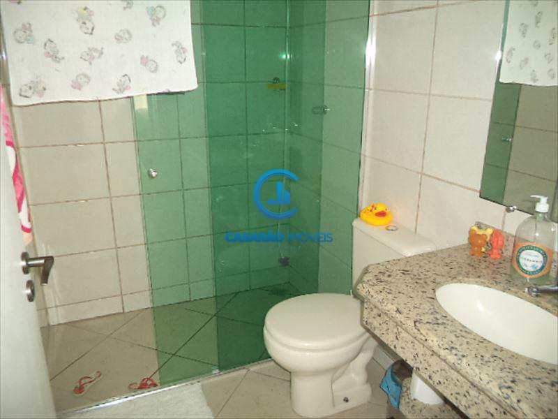 Sobrado em Caraguatatuba, no bairro Benfica