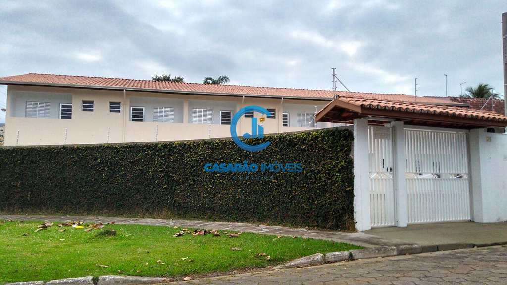 Sobrado de Condomínio em Caraguatatuba, no bairro Prainha