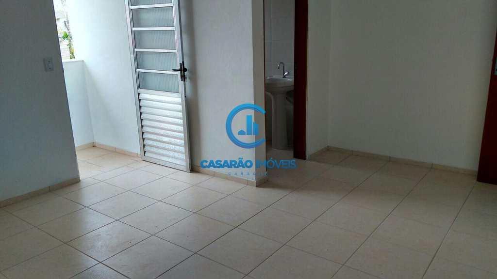 Sobrado de Condomínio em Caraguatatuba, no bairro Loteamento Balneário Camburi