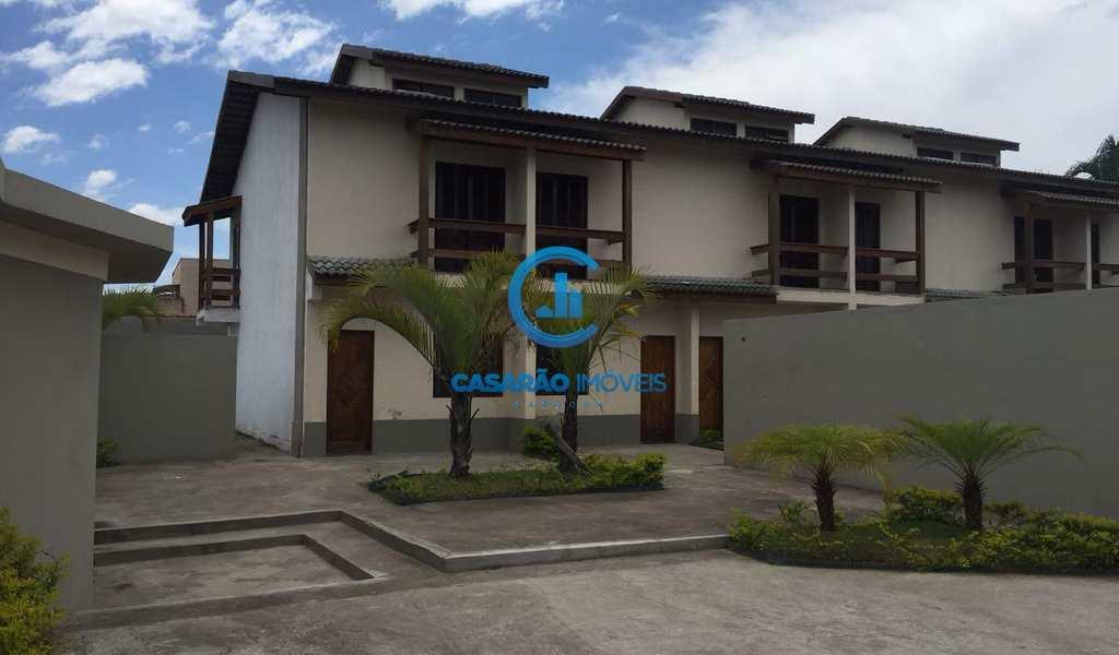 Sobrado de Condomínio em Caraguatatuba, bairro Praia das Palmeiras