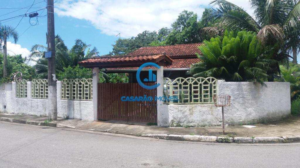 Casa em Caraguatatuba, no bairro Balneário Copacabana