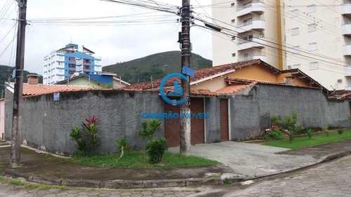 Casa, código 9036 em Caraguatatuba, bairro Martim de Sá
