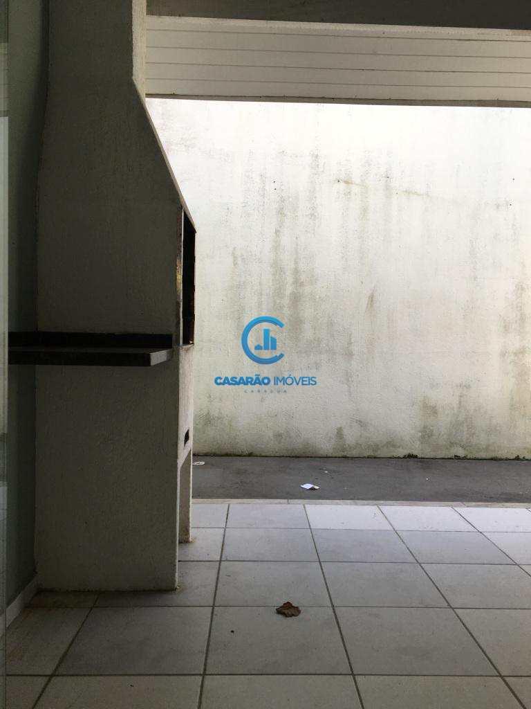 Sobrado de Condomínio em Caraguatatuba, bairro Sumaré