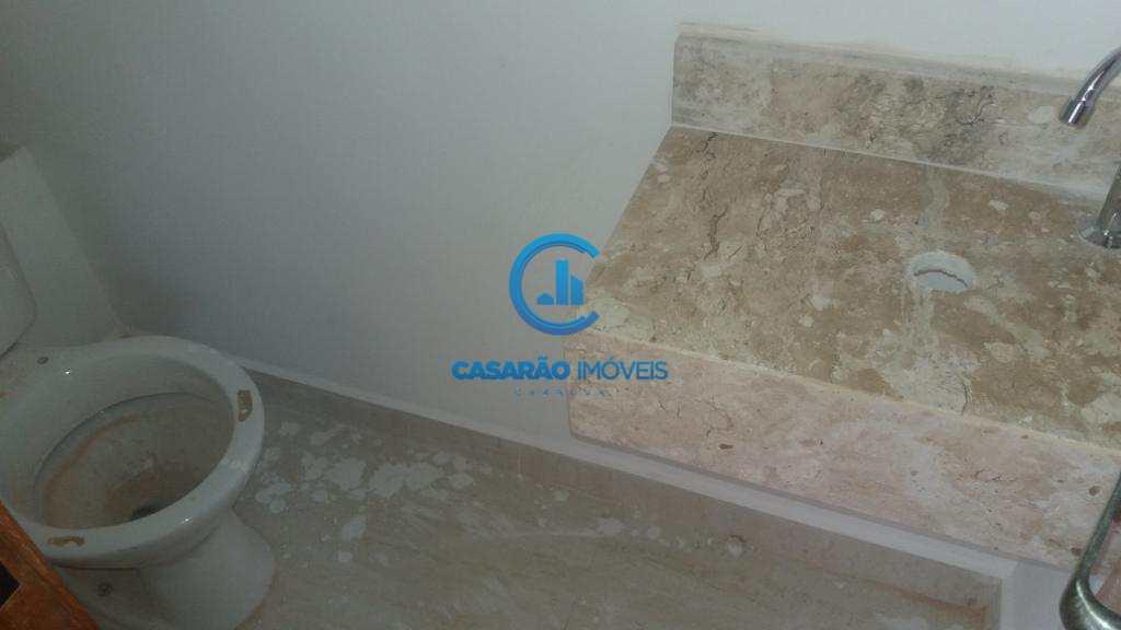Sobrado de Condomínio em Caraguatatuba, bairro Capricórnio III