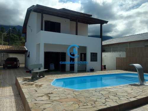 Casa, código 9085 em Caraguatatuba, bairro Portal da Fazendinha