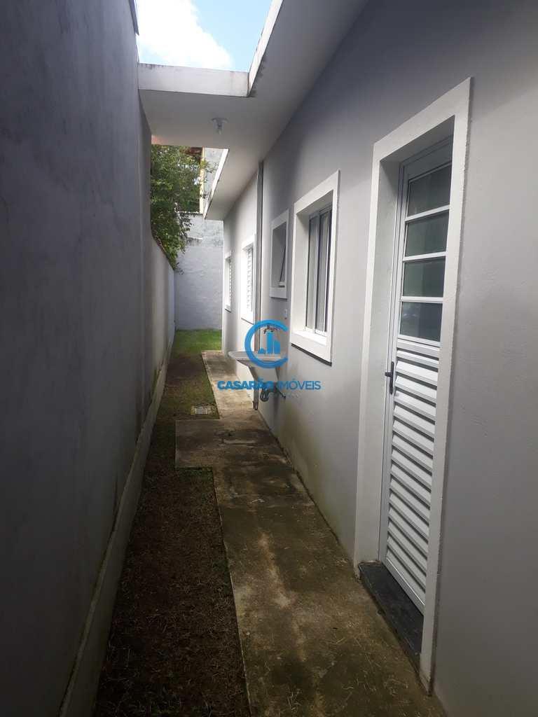 Casa em Caraguatatuba, no bairro Jardim das Palmeiras