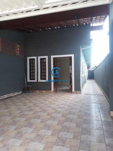 Casa, código 9115 em Caraguatatuba, bairro Travessão