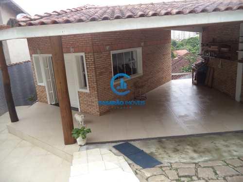 Casa, código 9138 em Caraguatatuba, bairro Cidade Jardim