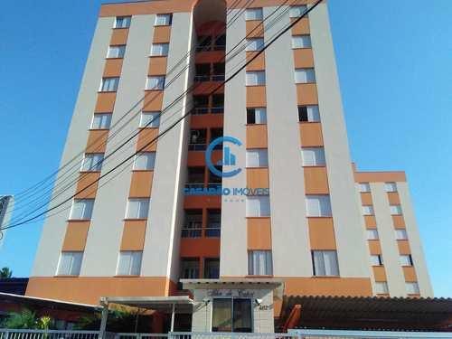 Apartamento, código 9143 em Caraguatatuba, bairro Sumaré