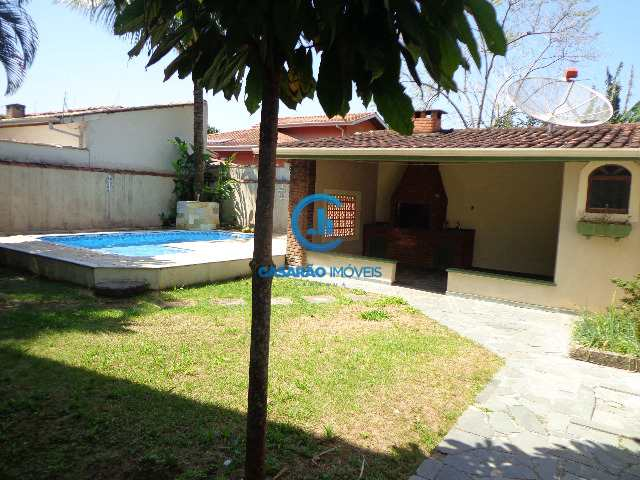 Casa em Caraguatatuba, no bairro Cidade Jardim