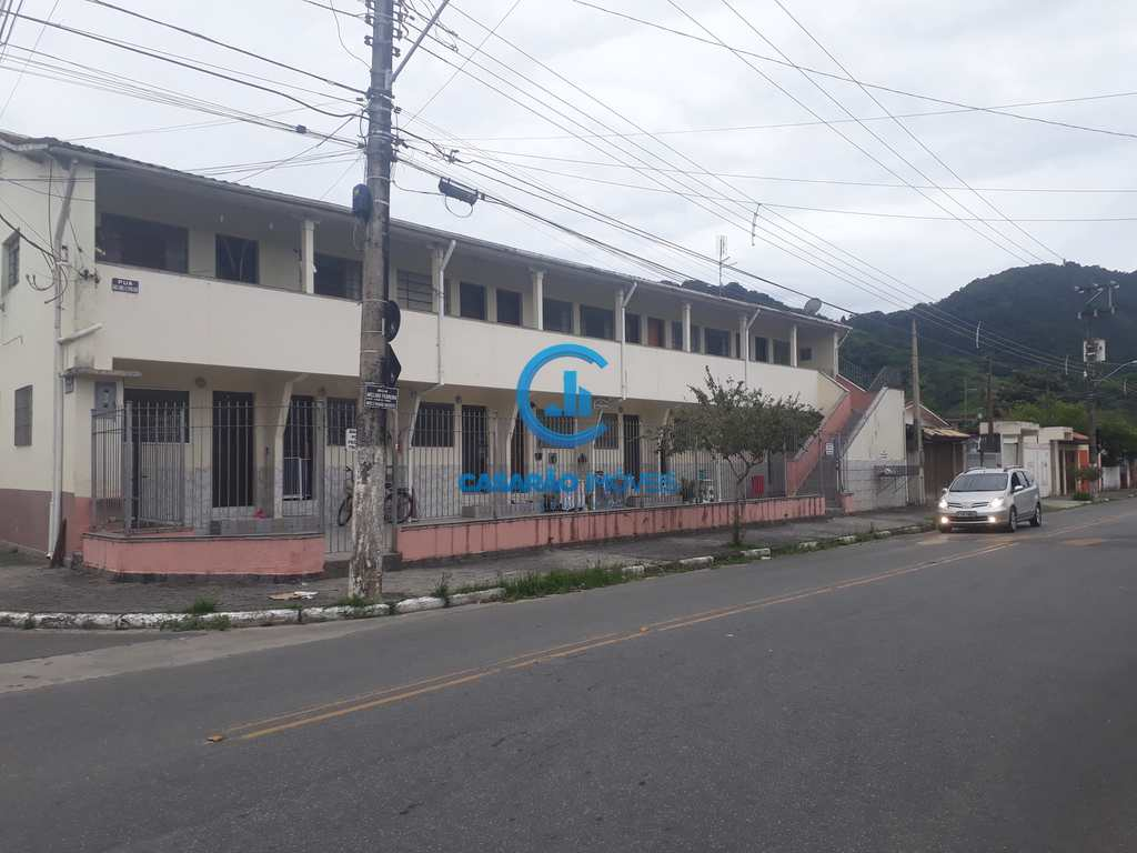 Kitnet em Caraguatatuba, no bairro Centro