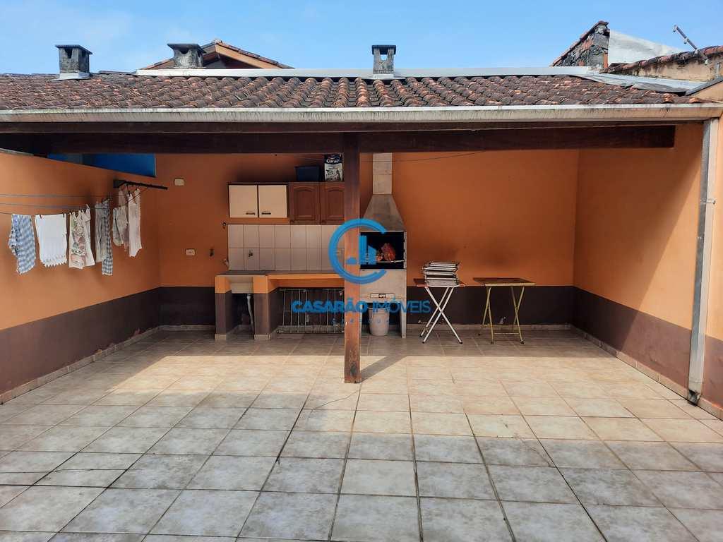 Sobrado em Caraguatatuba, no bairro Prainha