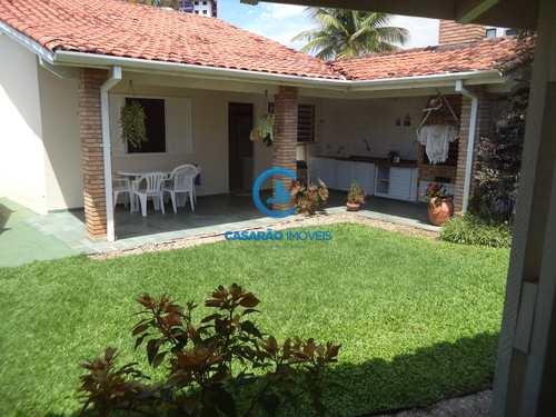 Casa, código 9175 em Caraguatatuba, bairro Martim de Sá