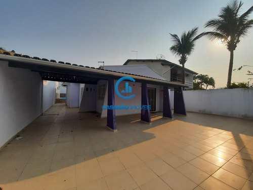 Casa, código 9205 em Caraguatatuba, bairro Prainha