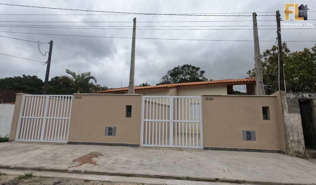 Casa em Itanhaém, bairro Parque Augustus