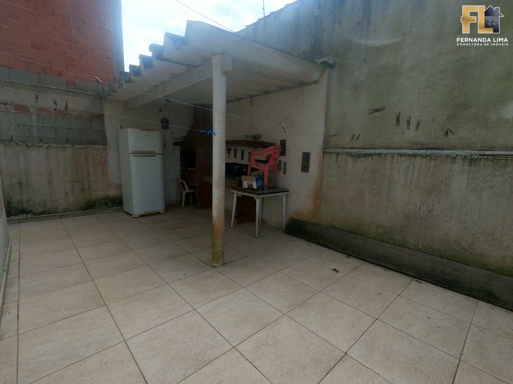 Sobrado em Mongaguá, no bairro Jussara