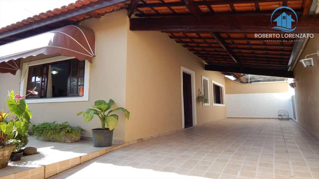 Casa em Peruíbe, bairro Jardim Ribamar