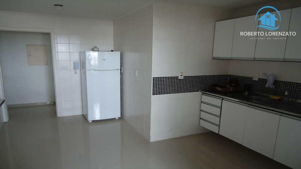Apartamento em Peruíbe, bairro Convento Velho