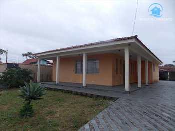 Casa, código 944 em Peruíbe, bairro Convento Velho